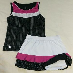 TAIL Tennis Outfit ! Small Top / Medium Bottoms !